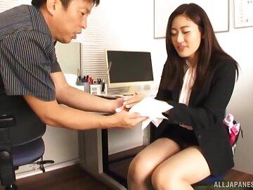Astonishing girl Kawana Aki doesn't need greater than his studied shaft